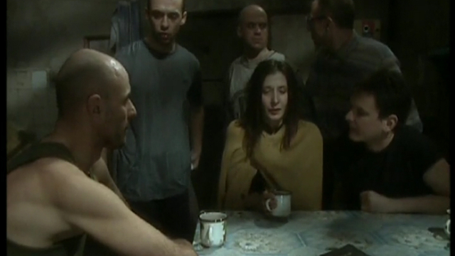 Марина проводит ночь в камере 81. На утро Шверник пытается замести
